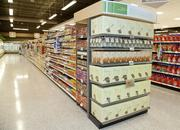 This end cap features Publix's GreenWise products, its private-label natural and organic brand.