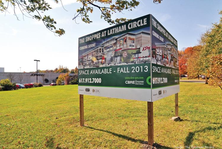 A town planner in Colonie, NY says only technical details need to be finalized before Grossman Development Group of Boston signs a 180,000-square-foot supermarket as a tenant.