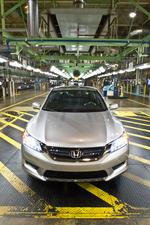 Honda Accord Hybrid reviewers get an inside look at Marysville manufacturing muscle