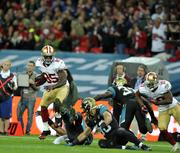 49ers tight end Vernon Davis of the San Francisco 49ers makes a catch in Sunday's game against the Jaguars.