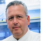 Noted Triangle scientist Joe DeSimone is stepping down as director of the Kenan Institute.