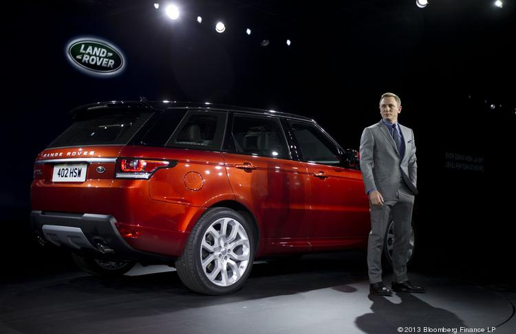 Daniel Craig, actor of the James Bond film franchise, attends the unveiling of the Range Rover Sport vehicle, produced by Tata Motors's Jaguar Land Rover unit in New York on Tuesday. The Range Rover Sport, the brand's fastest of the line, is the third model introduced in two years, joining the 2013 Range Rover and the Range Rover Evoque.