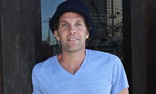 Jesse Itzler's latest venture through his 100 Mile Group is a mobile app called Vowch which lets friends share recommendations. Click through to check out how it works.