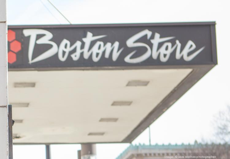 A Boston Store in Sheboygan will close at the end of January.