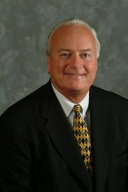 No. 3: Fremont Bank  Total assets as of 6/30/13: $2,489,968,000  Employees: 921  Top Bay Area executive: Bradford Anderson, CEO