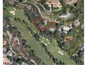 Startup founder during the week, golf enthusiast on the weekends? Musk's two Bel Air homes overlook the ritzy Bel-Air Country Club Golf Course.