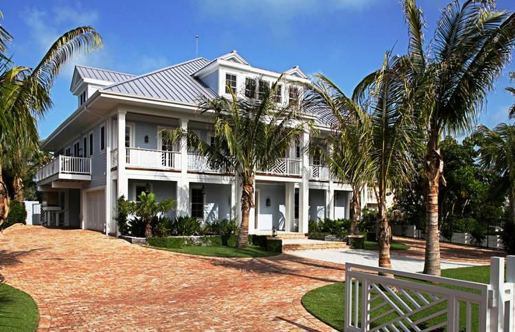 Rosie O'Donnell has purchased this house on Casey Key, just outside Sarasota.