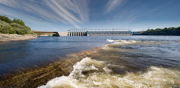 Transmission Developers Inc. has proposed a power line that would bring Canadian hydropower into New England, in part by using an underwater cable.