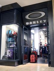 Oakley is pretty high-end, definitely a mall store. Although, there are some travel accessories in that window.