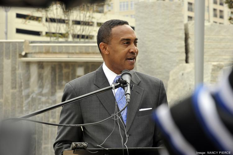 Will Charlotte mayor-elect Patrick Cannon face a squabbling City Council when he takes office?