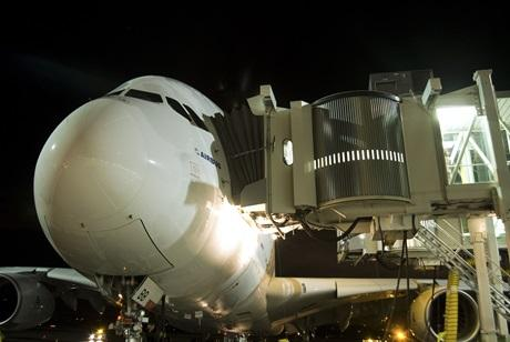 JBT AeroTech has won orders to supply gate equipment for JFK International Airport and Honolulu International Airport.