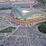 Miller Park may get parking structure to make up for spaces lost to Stadium Interchange project
