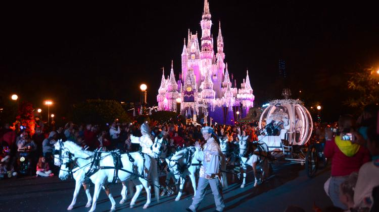 It's time for a whole new drone-laced fun time at Walt Disney World. Hopefully, the theme park company agrees with me.