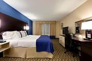 Holiday Inn Atlanta Airport North Suite