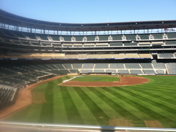 The Minnesota Twins and 96.3 K-TWIN radio on Thursday announced plans for a series of eight live performances by local musicians at games this season at Target Field.