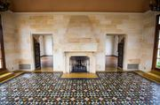 The solarium is characterized by original Mexican tiles.