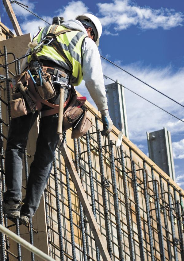 The number of construction workers in Tennessee was down in October, despite positive growth earlier in 2013.