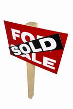 The number of real estate agents continues to dwindle despite hot housing market