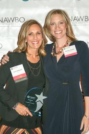 U.S. Bank Business Banking Vice President and Relationship Manager Lynn Anderson (left), winner of Corporate Volunteer of the Year, and NAWBO-MN President Heather Manley
