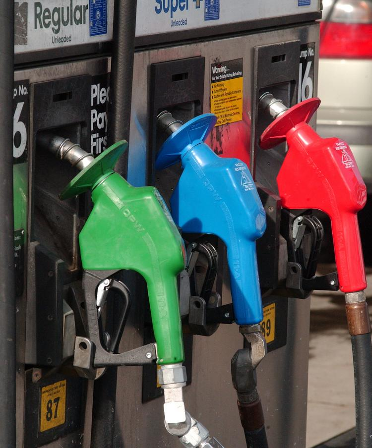 Gas prices continue to drop in the Sacramento region. The average price of a gallon of regular gas is $3.826, compared to $3.839 a week ago.