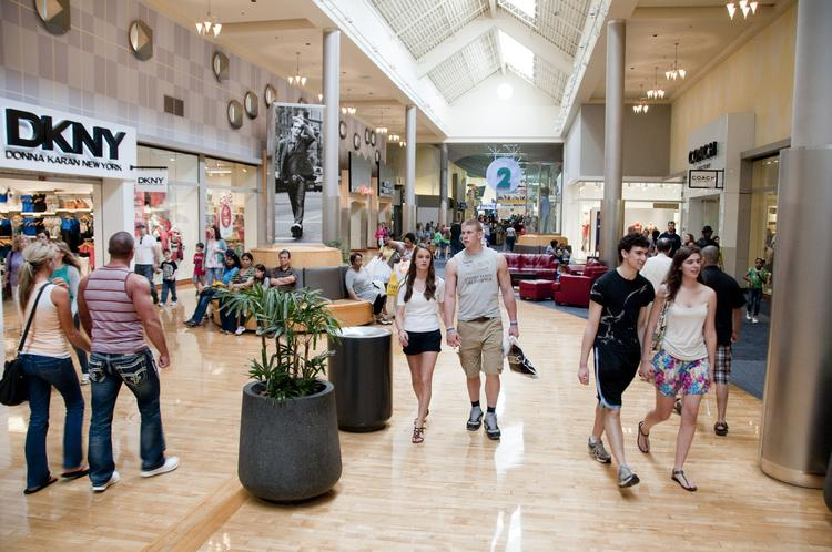 Concord Mills will kick off the holiday season at 8 p.m. on Thanksgiving.