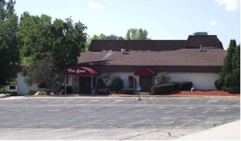 The Quilted Bear in Germantown closed in November 2012.