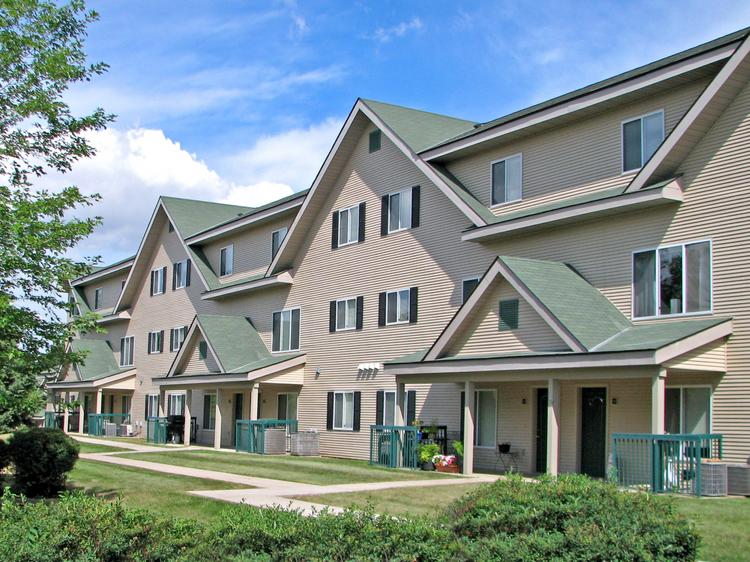 The Condor Apartments are next to Eagan's Promenade Shopping Center, anchored by Byerly's, Michael's, Office Max and Buffalo Wild Wings.