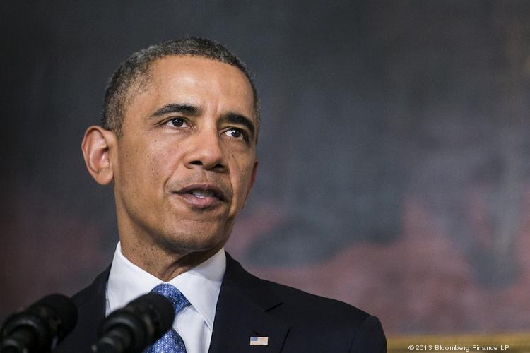 President Barack Obama began his push for a higher minimum wage by announcing plans to make federal service contractors pay their workers at least $10.10 an hour.