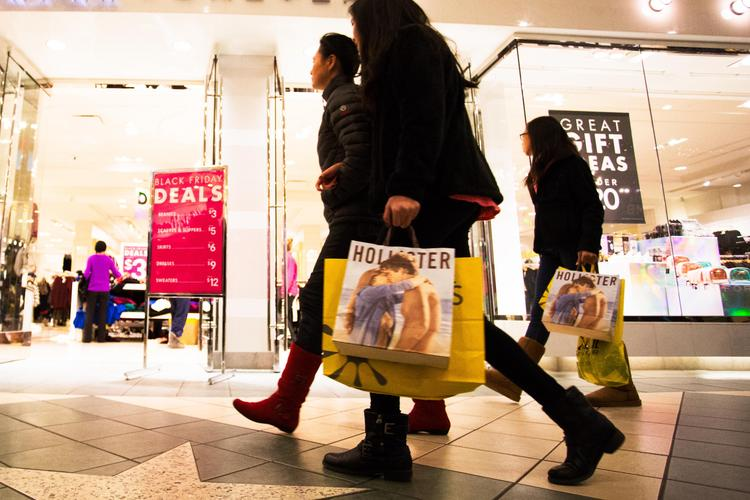 Abercrombie & Fitch hopes a new partnership can help it better predict what customers will buy at its A&F, Hollister and other chains.