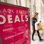 U.S. retail sales expected to hit $617B for holiday shopping season