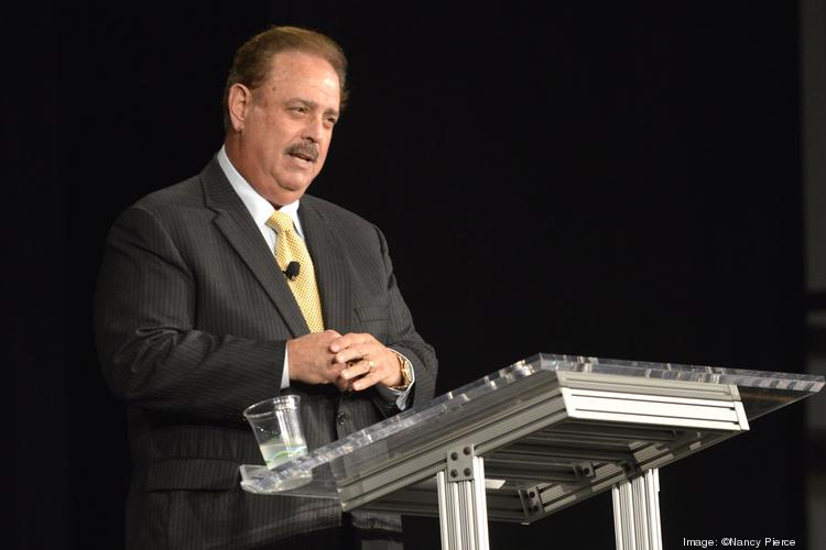 The Charlotte Chamber honored Nucor Corp. chief Dan DiMicco with its Citizen of the Carolinas Award, the highest honor the business organization gives a leader.