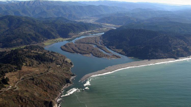 Epic Klamath Basin Dams Removal Deal Inked By Utilities Tribes