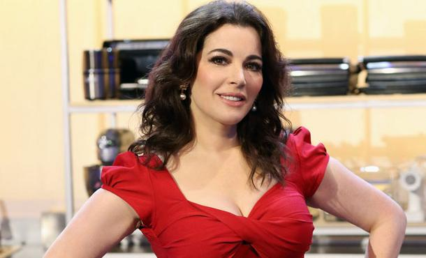 TV chef Nigella Lawson admits cocaine use, but brand still sizzles