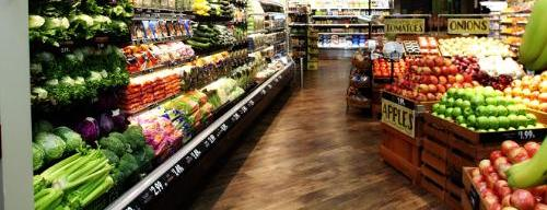 While Giant Eagle is exiting the Toledo market, it's bringing the new Market District Express concept to Columbus. It offers a big selection of organic produce.