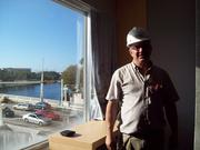 Project Superintendent Mike Primiani in the model troom overlooking Kennedy Boulevard and the Hillsborough River.