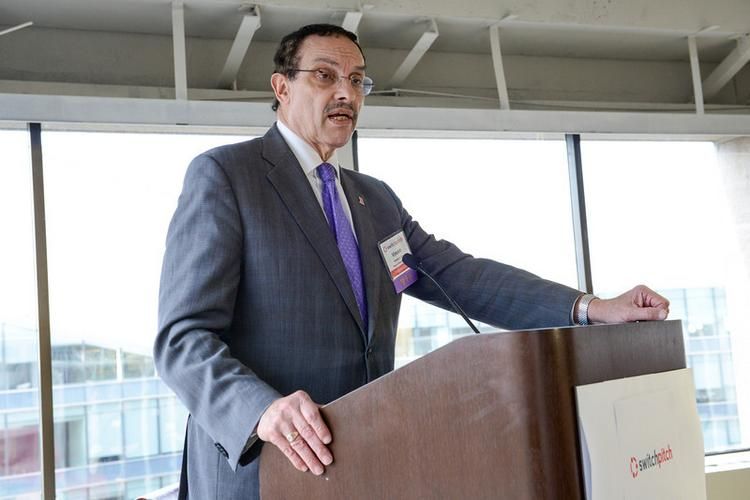 Mayor Vincent Gray has vetoed the Large Retailer Accountability Act.