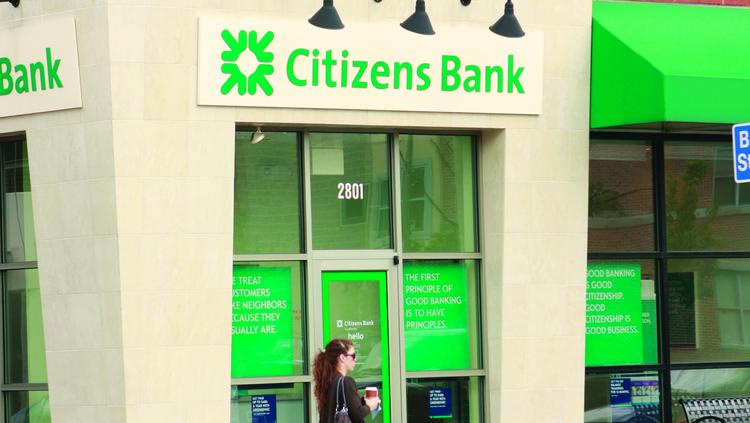 Commercial banking operations are ramping up at Citizens Financial Group.
