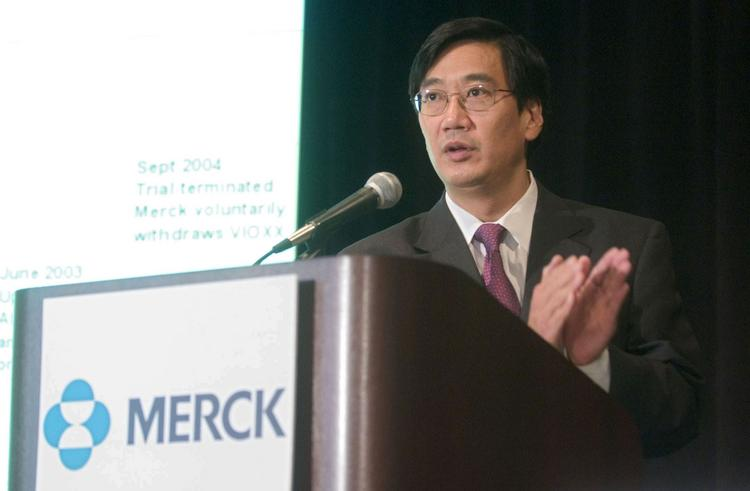 Former Merck Research Labs President Peter Kim will join the faculty of Stanford University's medical school.