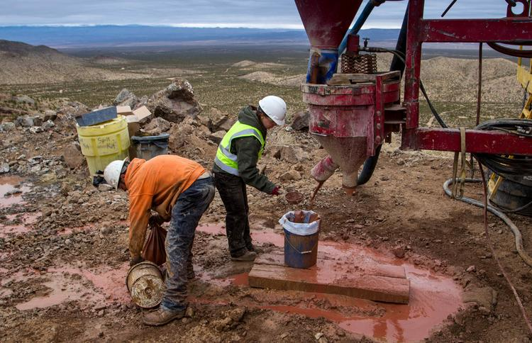Based on preliminary drilling and testing by workers hired by Daniel Burrell, the garnet find he intends to develop could total as much as 2.5 million tons of mineable material.