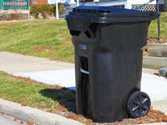 The city of Cincinnati started delivering new trash carts to residents this morning.