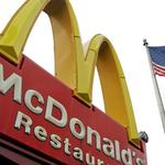 Striking fast food workers take over Minneapolis McDonald's, WCCO reports; part of nationwide protest (Video)