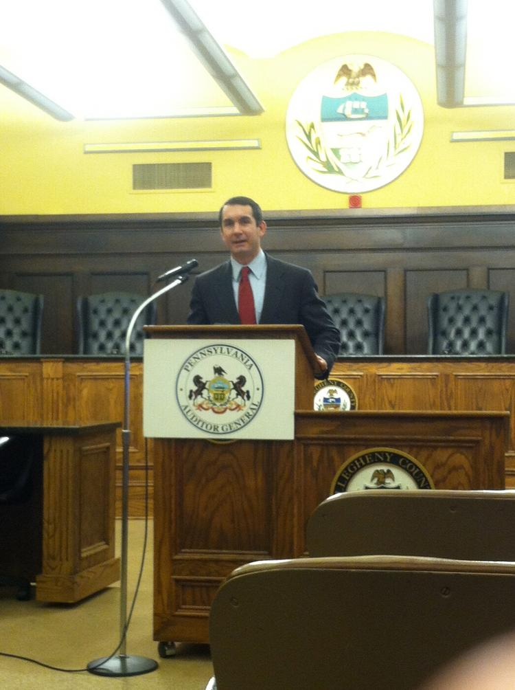 Pennsylvania Auditor General Eugene DePasquale urges an increase in the state's minimum wage as a way to boost economy and ease the commonwealth's budget crisis.