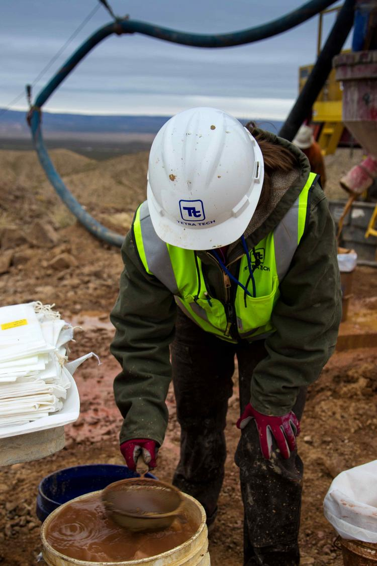 Former Rosemont Realty CEO Dan Burrell plans to mine garnet in southern New Mexico, and says the garnet could enable cleaner fracking operations. A worker at the mine site is pictured.