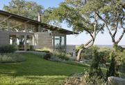 The Hillside House in Austin takes advantage of panoramic views of the Hill Country.