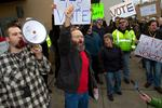 Machinists union marchers push for vote on Boeing 777X proposal