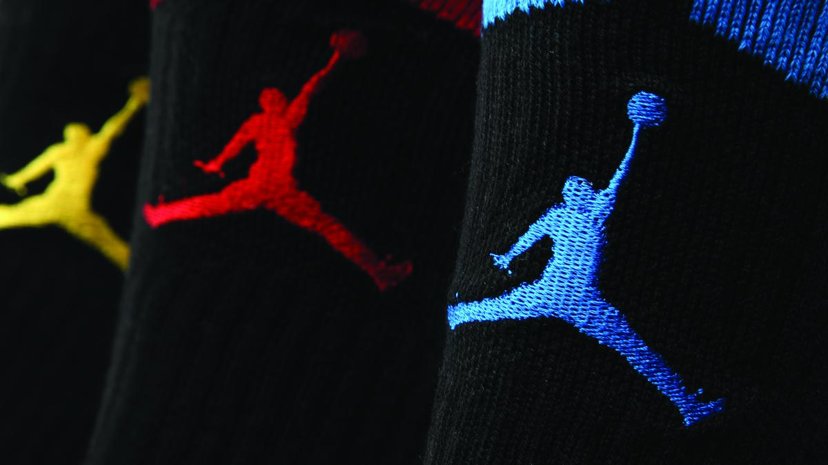 buy online 0cd5a 7956a Judge throws out lawsuit filed against Nike over Michael Jordan  Jumpman   logo