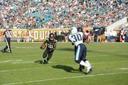 Jaguars receiver Ace Sanders tries to make a move with the ball.