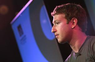 Mark Zuckerberg takes to Facebook to complain that the government is messing up the Internet.