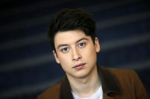Nick D'Aloisio, founder of Summly, a mobile application that summarizes news articles for small-screen devices, poses for a photograph in London, U.K., on Tuesday, March 26, 2013.