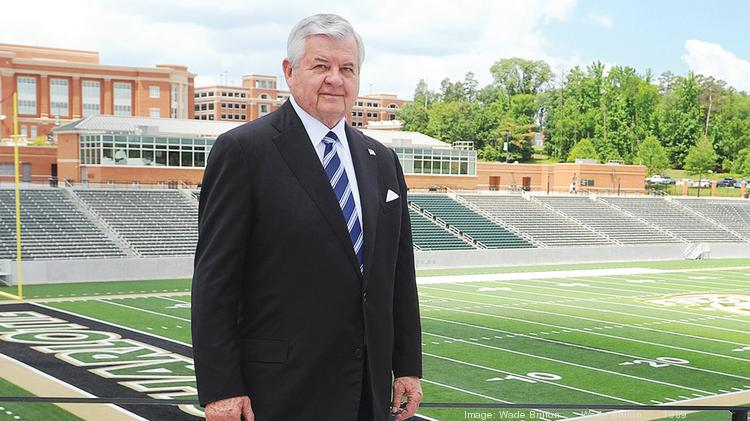 A $10 million contribution from Jerry Richardson is helping UNCC build its football program.